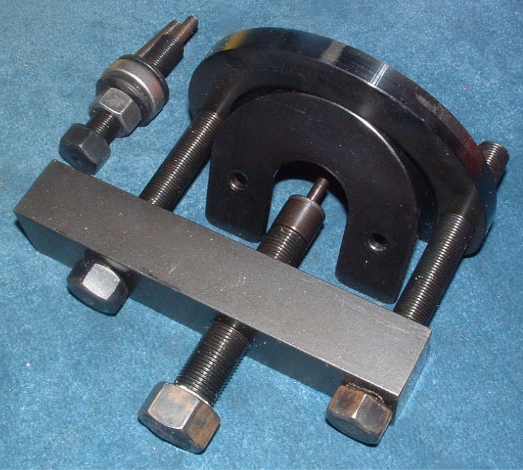Eaton Supercharger Pulleys: Pulley Puller